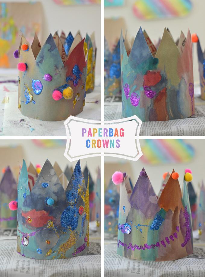 Couronnes de sacs en papier fabriquées par des enfants.