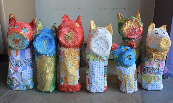 Projet de momie de chat en papier mâché à faire avec les enfants