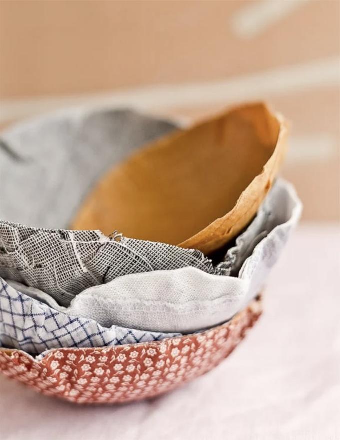Essayez le tissu mâché au lieu du papier mâché avec ces bols