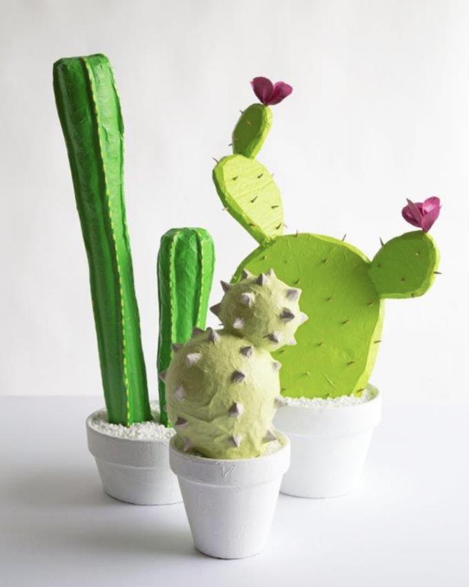 Tutoriel DIY sur les cactus en papier mâché.